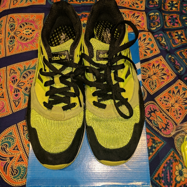 Adidas Torsion Neon Yellow US10.5 $85