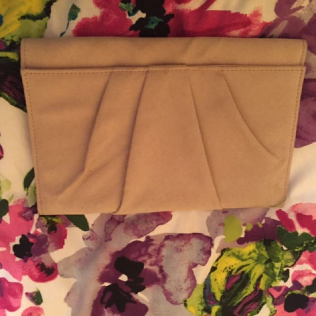 Betts Nude Clutch Bag $10