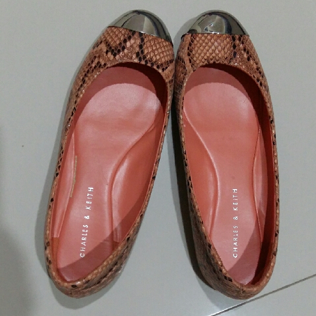 Charles & Keith Snake Skin Pattern shoes