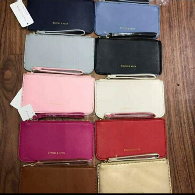 Charles And Keith Wristlet Wallet
