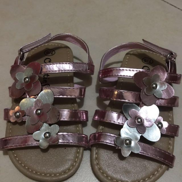 758e511213363c Chatties sandals size 7 8