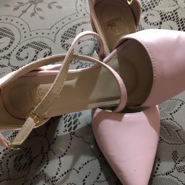 Chunky Heels In Blush