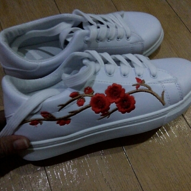 Embroidered Design Shoes