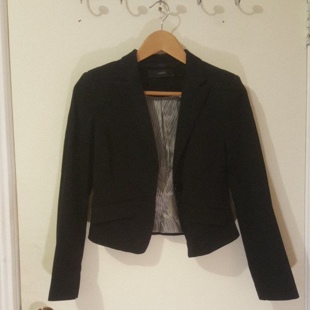 EVENTS size 6 Black Blazer
