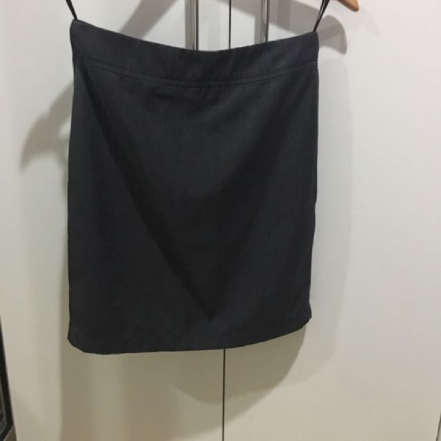 Gray Corporate Office Pencil Skirt