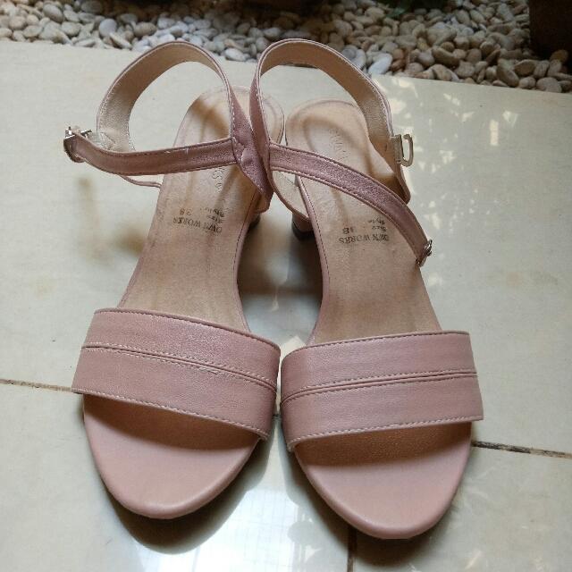 Turun harga!!!!!! Pink Heels