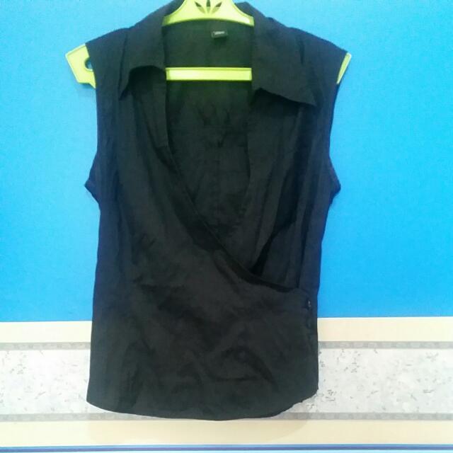 H&M Black Blazer With Zip Closure