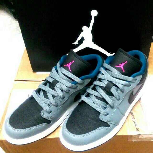 Jordan 女鞋 AJ1  大童鞋 低筒 美國購回 6.5y 24.5cm  Low