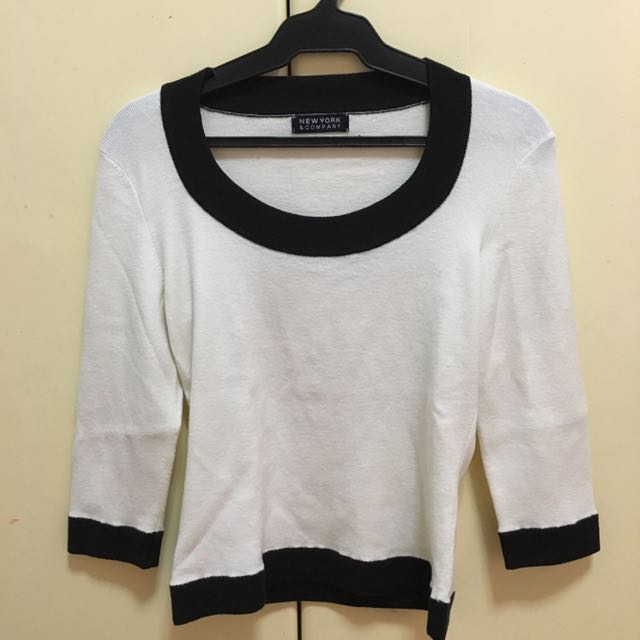 Knitted B&W Blouse
