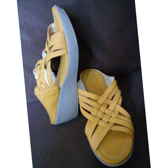 Liliw laguna Shoes Size 9
