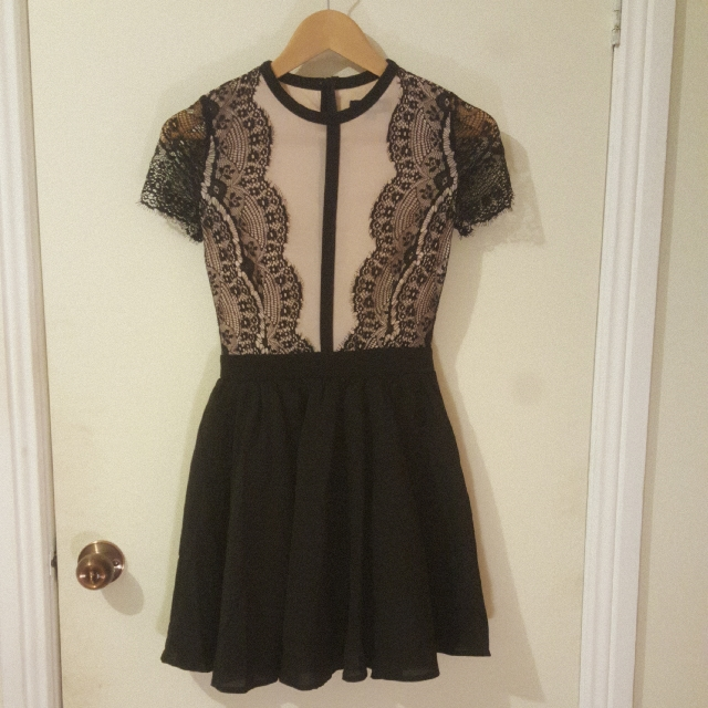 MISSGUIDED Size 6