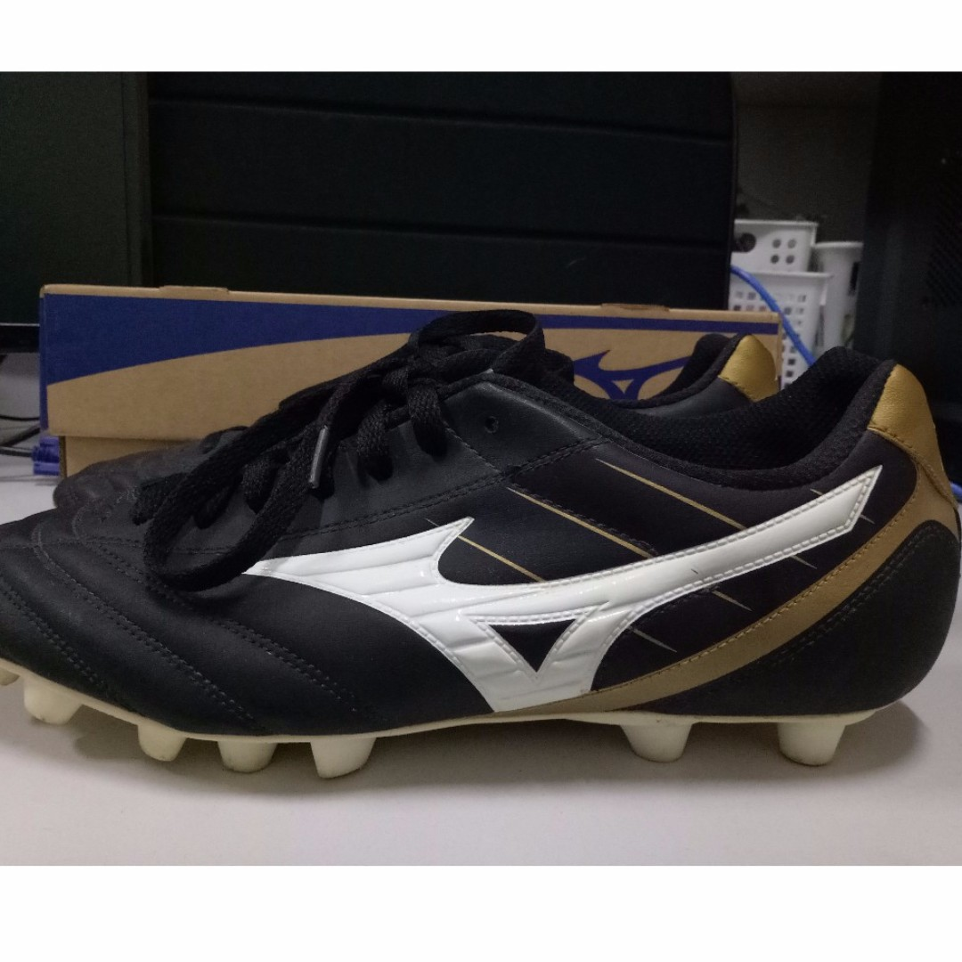 Mizuno Foot Ball Shoes