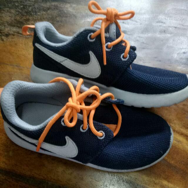 Nike Roshe Run 29.5