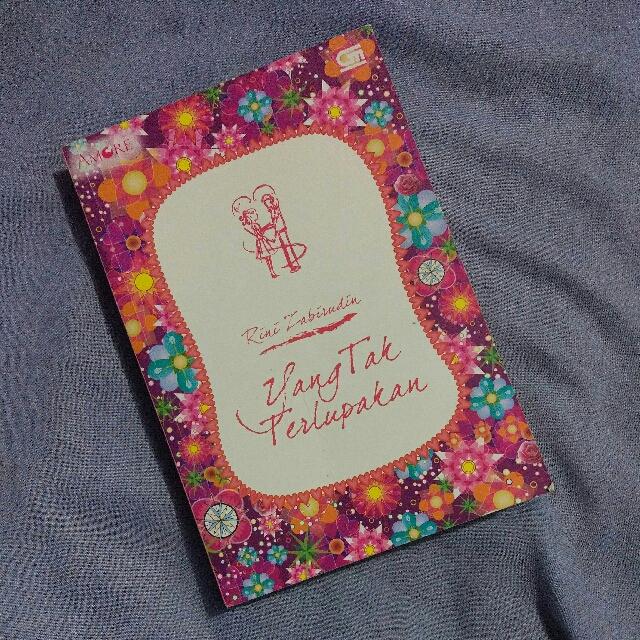 Novel Yang Tak Terlupakan