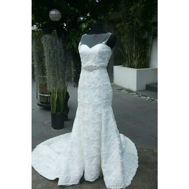 Pre-loved Wedding Gown