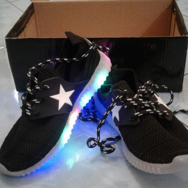 Sepatu Lampu LED