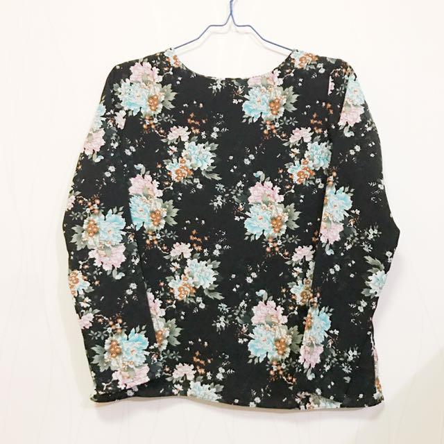 Shopatvelvet Flower Top in Black