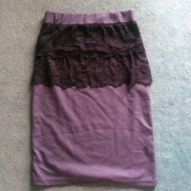 Slimfit Skirt