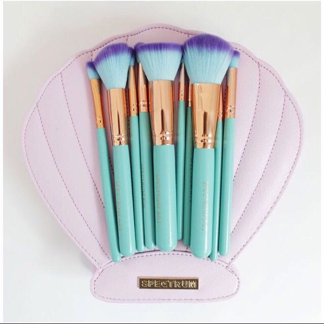 SPECTRUM Brush Set W Clam Bag