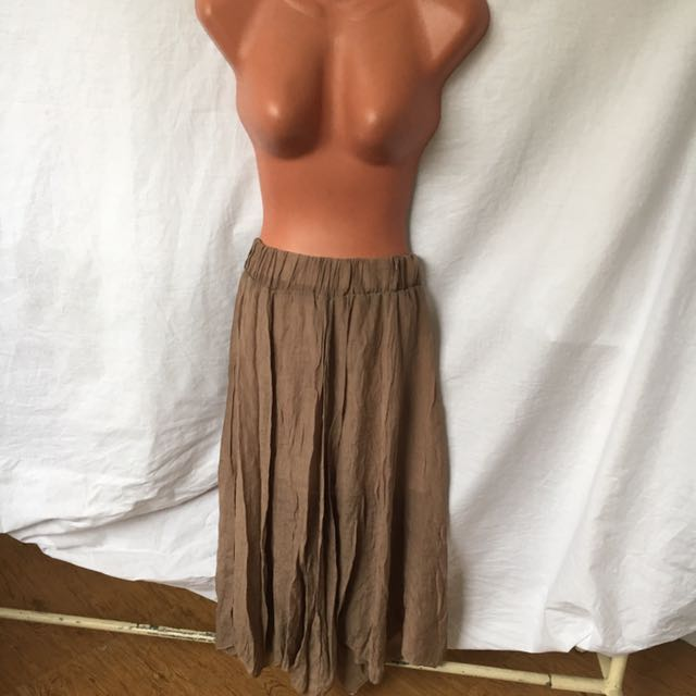 stretchable brown bohemian style skirt