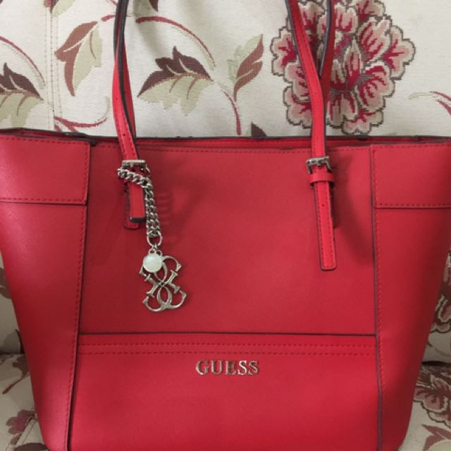 tas guess red