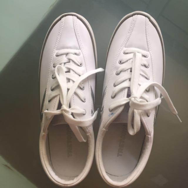 Treton White Sneakers