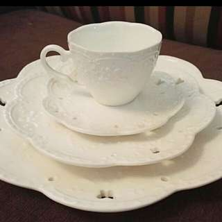 Lovely Lace Embossed High Tea Set