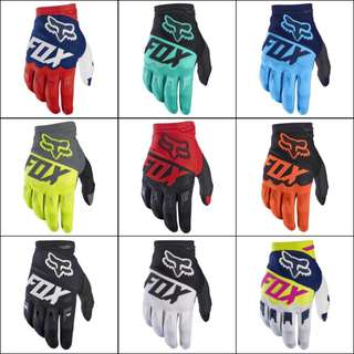 #46 Fox Racing Gloves SS17