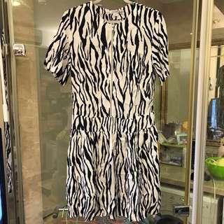 斑馬紋時尚洋裝