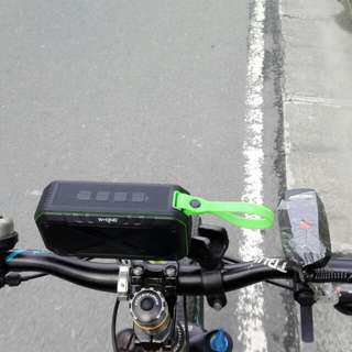 W-King S18 Portable IPX7 Waterproof Outdoor Speaker Mega Bass Wireless Bluetooth Speaker