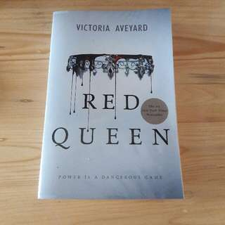 [NEW PRICE] Red Queen