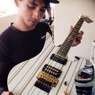 ELECTRIC GUITAR Schecter SYN Series