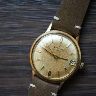 Vintage Zenith 包金古董錶,錶面已平均變黃, 有品味之選。
