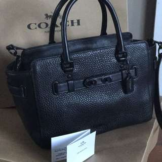 COACH pebble Leather Carryall