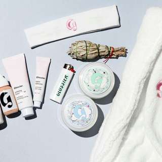 GLOSSIER PRODUCTS PRE ORDER