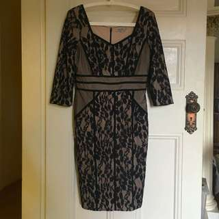 Table Eight Dress Size 8