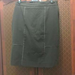 Paperdolls Pencil-cut Skirt