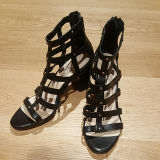 FREELANCE Gladiator Heels Sz 37. True To size