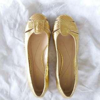 Kate Spade Gold Flats 7M