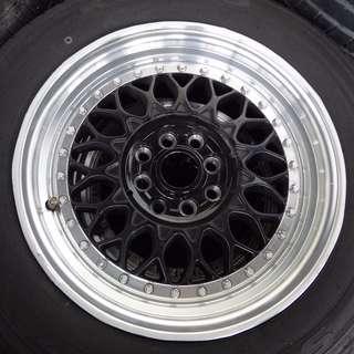 "Sport Rim 15"" with Tires (60% Tread)"