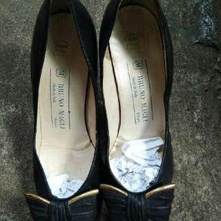 Sepatu Bruno Magli