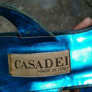 Sepatu Casadei