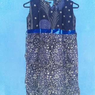 dress batik untuk anak.usia 7-8th ga pernah pakai no defect perfect condition