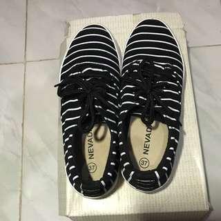 FREE ONGKIR Sepatu Nevada