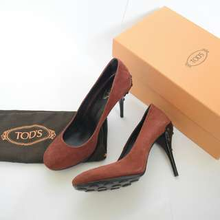Tod's Suede Pump