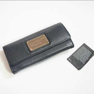 MARC BY MARC JACOBS Pebbled Leather Dark Blue Trifold Wallet