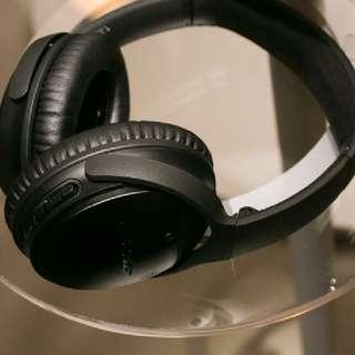 BOSE QC 35 Noise Canceling Headphones (BLACK)