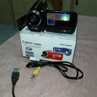 handy cyber cam
