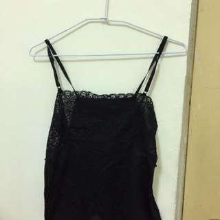黑色蕾絲睡衣