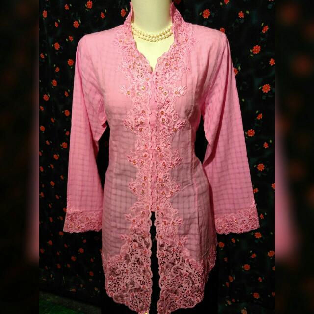 34. Kebaya Pink XL